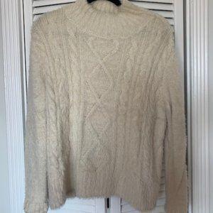 White Sweater - Small/Medium